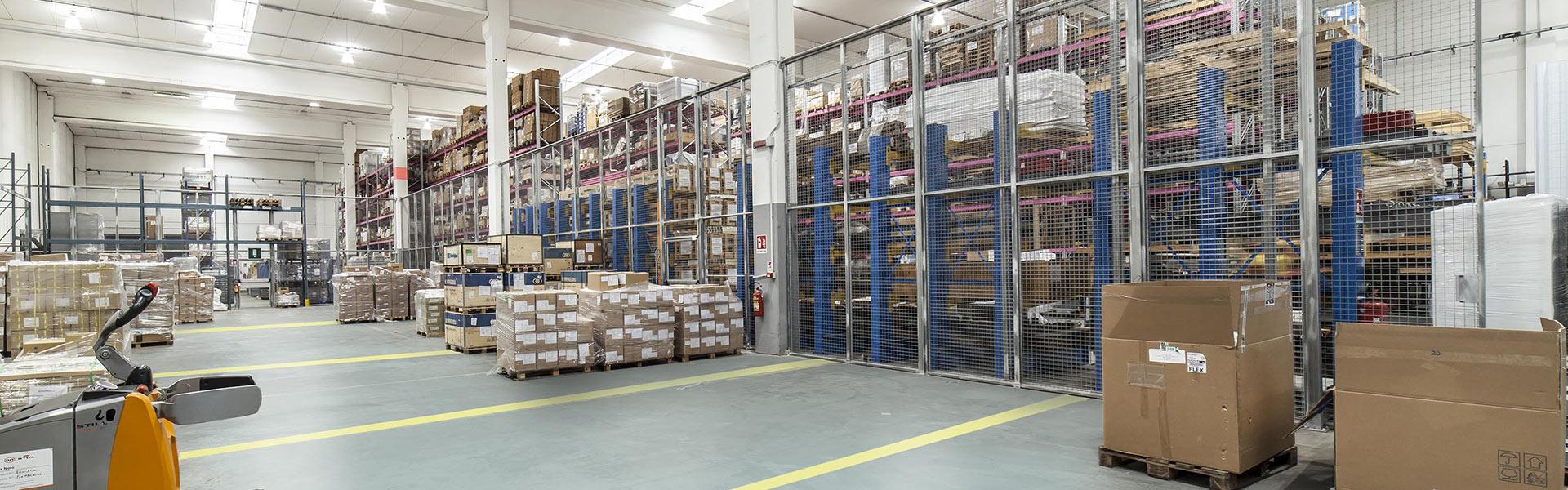 E-commerce logistics service Bologna